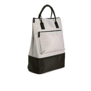 DSW Backpack 🌿